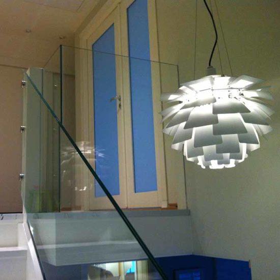 Glassrekkverk i trapp