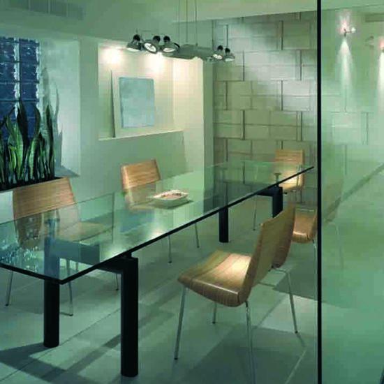 Glassplate til bord
