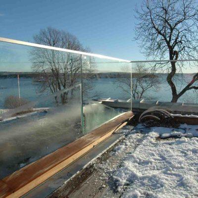 Glassrekkverk til veranda
