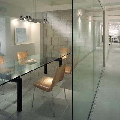 Glassvegger til kontor på skreddeersøm