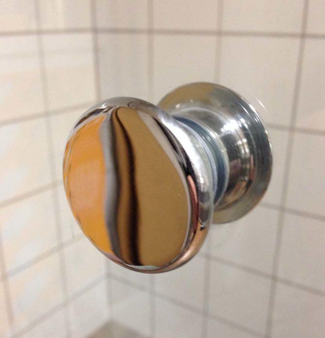 Dusjknott på dusjdør