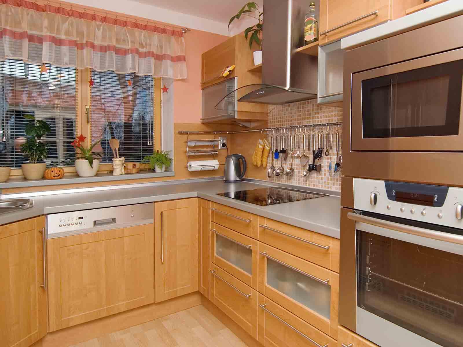 Gammelt kjøkken med moderniseringsbehov