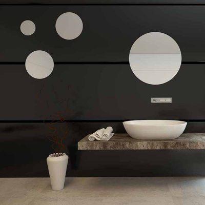 runde speil som dekor på bad