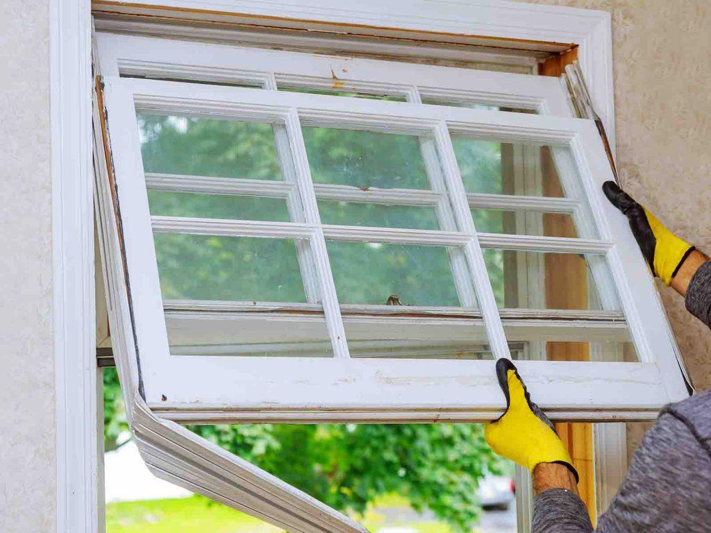 Glassmester1 hjelper deg å bytte ut de gamle vinduene dine med nye