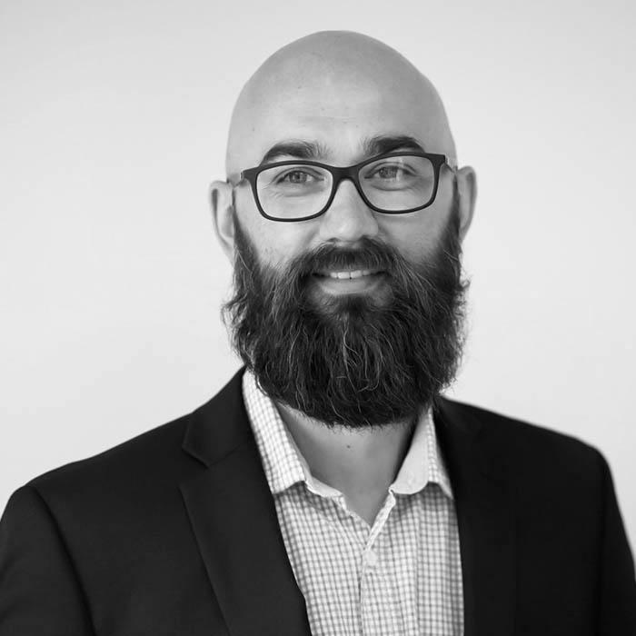 Artur Olaf Jensen er Glasskonsulent for Glassmester1 Stor-Oslo