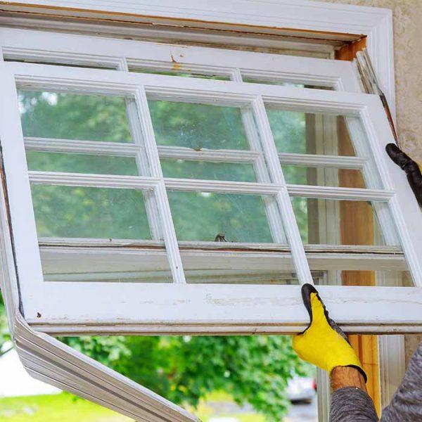 hus med behov for å bytte ut hele vinduet eller kun glasset