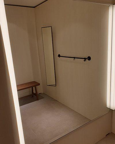 Speil montert hos HM Aker Brygge (2)_400x600